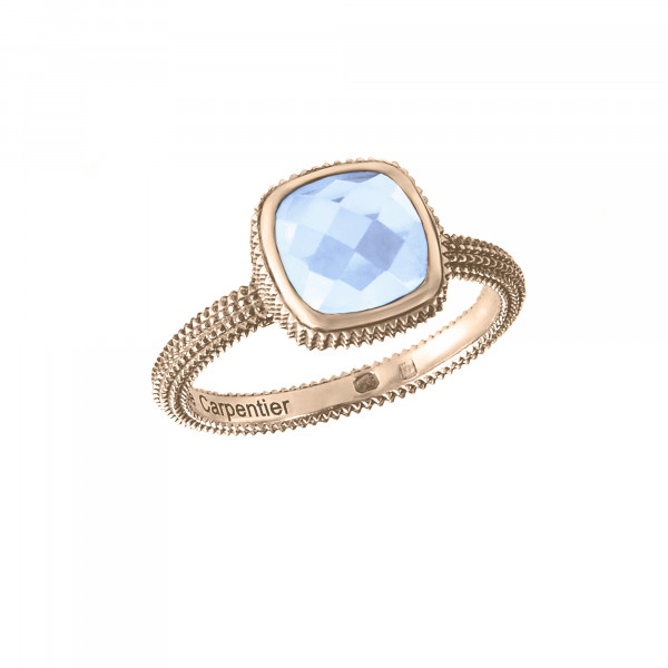 Pills, guilloched ring, rose gold, faceted blue topaz, cushion size,