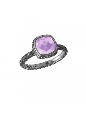 Pills, guilloched ring, black gold, faceted amethyst, cushion size,