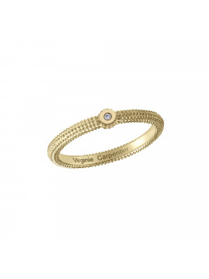 Pills, guilloched ring, yellow silver gilt, white diamond