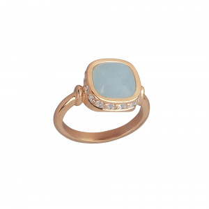 Marelle à Marbella, bague or rose, aigue-marine milky, taille cabochon coussin, diamants blancs