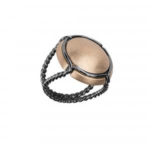 Champ!, bague chevalière, capsule satinée, argent plaqué or rose, anneau torsadé, argent rhodié noir