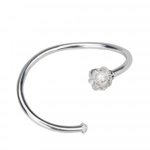 Princesse Tipois bracelet jonc, couronne, or blanc, perle d'eau douce, diamants blancs