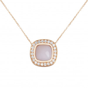 Marelle à Marbella, collier chaîne, pendentif opale rose, taille cabochon coussin, diamants blancs, or rose